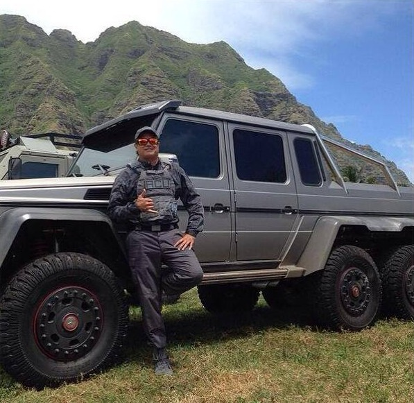 Mercedes G63 6X6 in Jurassic World